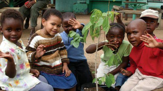 community-visit-africa-foundation-sabi-sand-1600x900